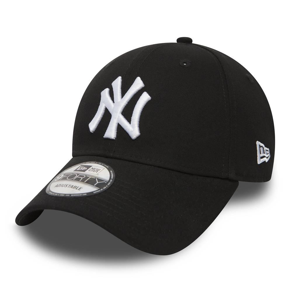 10531941 9FORTY NEW YORK YANKEES BLACK/WHITE CAP