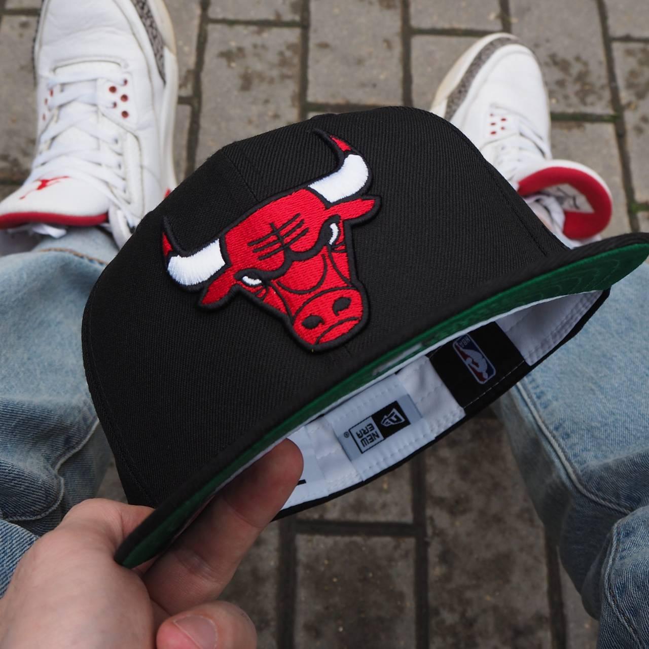 LIMITED 59FIFTY RETRO NBA CHICAGO BULLS BLACK/GREEN UNDERBRIM
