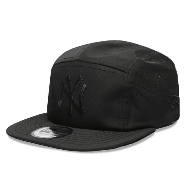 12040410 5-PANEL CAMPER MLB NEW YORK YANKEES BLACK CAP