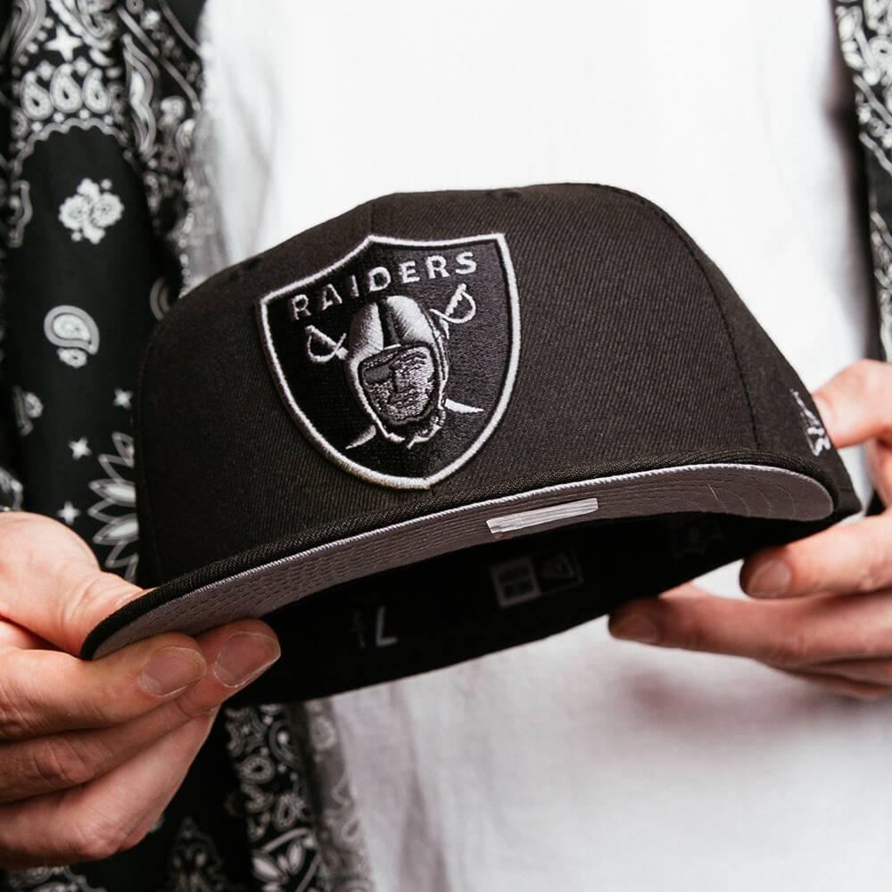 EXCLUSIVE 59FIFTY NFL LAS VEGAS RAIDERS BLACK/GREY UNDERBRIM